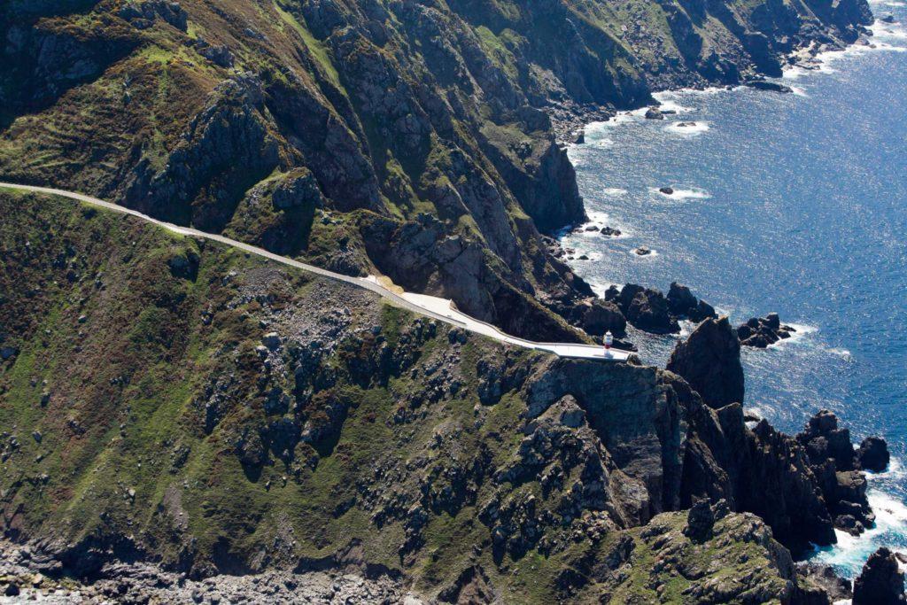 La Autoridad Portuaria mejora la carretera de acceso al faro de Cabo Ortegal